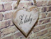 Dekorácie - Shabby srdce do dlane - Z lásky..., buk - 10440128_