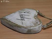 Dekorácie - Shabby srdce do dlane - Z lásky..., buk - 10440129_