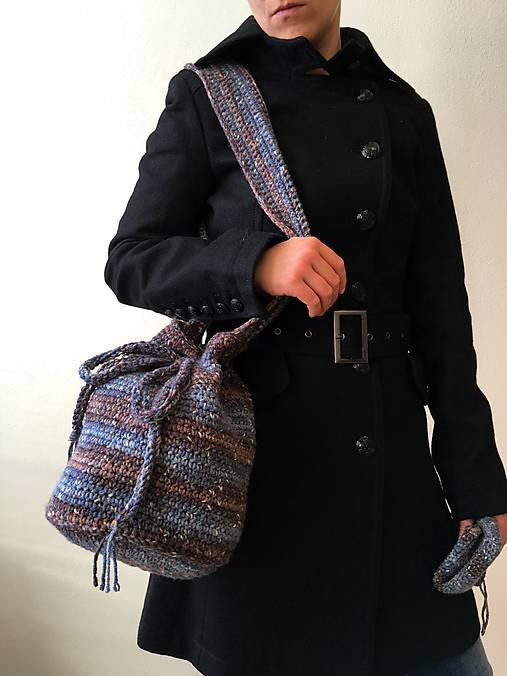 Batoh na plece modro-hnedý + drobnosti modrohnedý