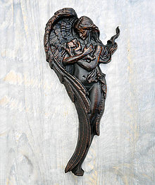 Obrazy - Drevený Anjel a Dieťa (Palisander) - 10439768_