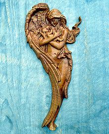 Obrazy - Drevený Anjel a Dieťa (Buk) - 10439770_