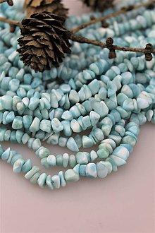 Minerály - larimar korálky 5-8mm zlomky, kvalita AA! (cena za 10cm návlek) - 10442169_
