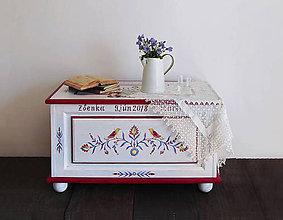 Nábytok - Maľovaná svadobná truhlica  (rôzne veľkosti) - 10442217_