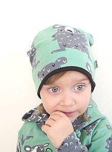 Detské čiapky - čiapka z biobavlny Mrzutý medveď (zelená) - 10441255_