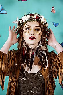 Ozdoby do vlasov - Prírodný kvetinový venček s bobulkami - 10438051_