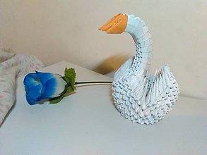 Dekorácie - Origami labuť - 10440235_