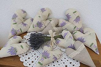 Dekorácie - levanduľové srdiečka - 10438738_