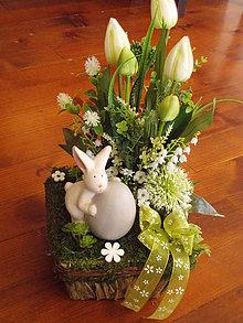 Dekorácie - Veľkonočná dekorácia so zajačikom 40cm - 10440333_