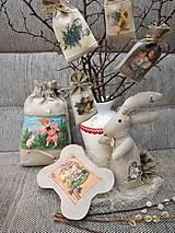 Dekorácie - Veľkonočný levanduľový vankúšik. - 10441747_