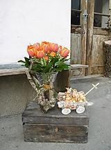 Dekorácie - Veľkonočná dekorácia so zajačikom na vozíku - 10444267_