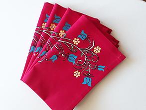Úžitkový textil - Maľované prestieranie pod tanier -  tmavo ružová,  45 x 30 cm - 10443663_
