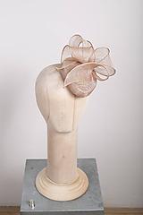 Ozdoby do vlasov - Koktejlový klobúčik s mašľou, béžový - 10443394_