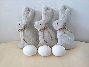 Dekorácie - Veľkonočný  zajačik ľanový - 10443264_