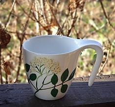 Nádoby - Šálka ručne maľovaná - Baza v kvete - 10447423_