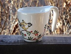 Nádoby - Šálka ručne maľovaná - Vtáčik - 10447478_