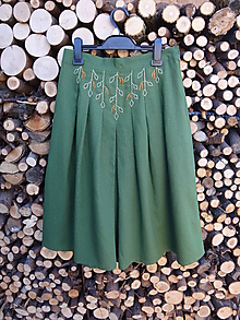 Sukne - Ľanová sukňa ručne vyšívaná - Breza, brezička - 10447559_