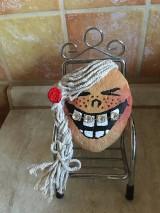 Dekorácie - Kameň - Nosím zubný strojček II. - 10447400_