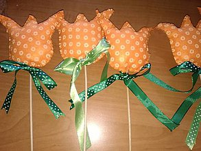 Dekorácie - Tulipány z filcu- zápichy (Oranžová) - 10445435_