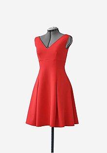 Šaty - Midi šaty s vreckami - 10445840_