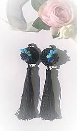 Náušnice - Čierne strapce - 10447404_