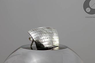 Náušnice - Strieborné napichovacie náušnice so vzorom B - 10450509_