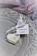 Svadobná sviečka pre hostí
