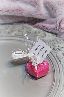 """Darčeky pre svadobčanov - Svadobná sviečka pre hostí """"ružové srdiečko"""" - 10449166_"""