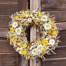 Dekorácie - Prírodný veniec na dvere - 10449892_