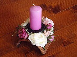 Dekorácie - Celoročný vintage poloblúkovitý svietnik so sviečkou - 10449917_