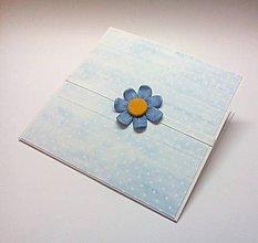Papiernictvo - Pohľadnica ... zvedavo vykvitol - 10455585_