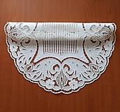 Úžitkový textil - Richelieu + toledo - Kvety a listy, biela, priemer 60 cm - 10453182_