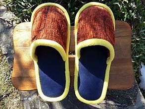 Obuv - Papuče so žltým lemom - 10454834_
