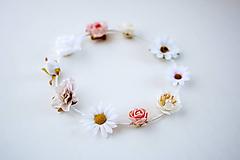 Ozdoby do vlasov - Biela elastická čelenka s kvetinami - 10454707_