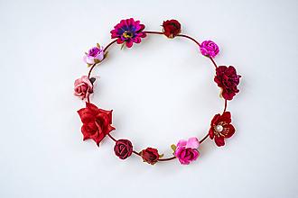 Ozdoby do vlasov - Červená elastická čelenka s kvetinami - 10454702_