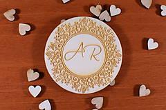 Darčeky pre svadobčanov - Drevená svadobná magnetka ako vyslužka hosťom  162 - 10454179_