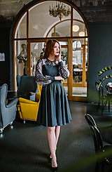 Šaty - Sivé upcyklované šaty so vzorovanou krajkou - 10455976_