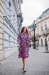 Šaty - Hodvábne šaty s riasenou sukňou a viazaním - 10456086_