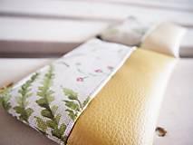 Taštičky - Kozmetické taštičky malé - lúka a zelené listy - 10458476_
