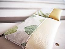 Taštičky - Kozmetické taštičky malé - lúka a zelené listy - 10458481_