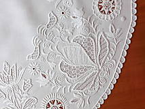 Úžitkový textil - Richellieu , Vtáčiky a kvety, biela, priemer 78 cm - 10457013_