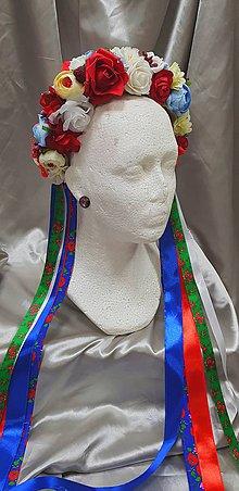 Ozdoby do vlasov - Farebná kvetinová parta na redový tanec s folkovými stuhami - 10458374_