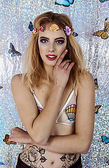 Ozdoby do vlasov - Pestrofarebná elastická čelenka s kvetinami - 10459277_