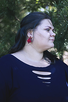 Náušnice - Šujtášové náušnice červené napichovacie - 10460432_