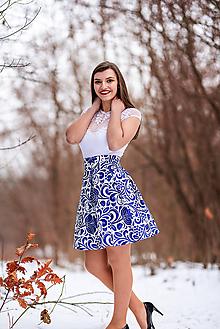 Sukne - Dámska spoločenská sukňa krátka modré kvety - 10456928_