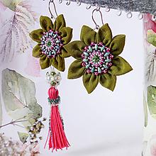 Náušnice - Náušnice: Kvety asymetrické zeleno-ružové - 10460333_