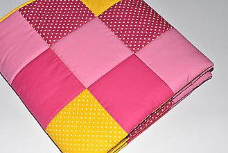 Úžitkový textil - Patchwork deka*pink-yellow* - 10463840_