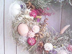 Dekorácie - Veľkonočný veniec na dvere ...prírodný so škrupinkami... - 10463784_