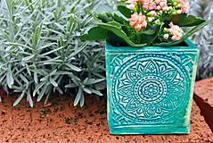 Nádoby - Hranatý kvetináč - tyrkysová jar - 10462657_