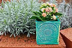 Nádoby - Hranatý kvetináč - tyrkysová jar - 10462658_