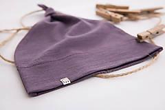 Detské čiapky - Detská rastúca merino čiapka so štýlovým uzlíkom - fialová - 10464159_